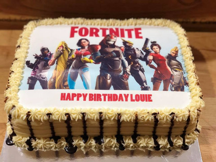 Printed Cake by Sweet Revenge