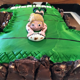 Rugby Cake by Sweet Revenge