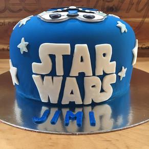 Star Wars Cake by Sweet Revenge