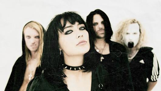 LOUDER REVIEWS: 'Vampire' - Saint Agnes
