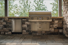 Built-in barbecue, outdoor kitchen