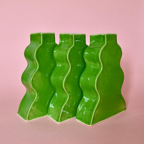 Wavy Vase - Green