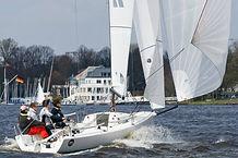 sailing_J70_01.jpg