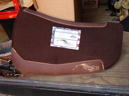 Slimline round tail pad