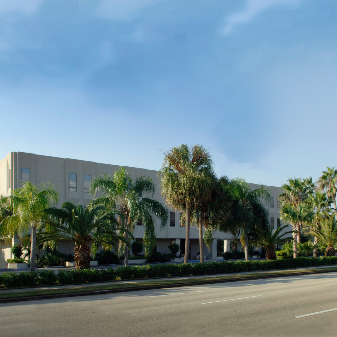 The 2001 Building Exterior Corner View | 2001 9th Ave., Vero Beach, FL | Florida Commercial Property, Buildings, and Office Space Leasing