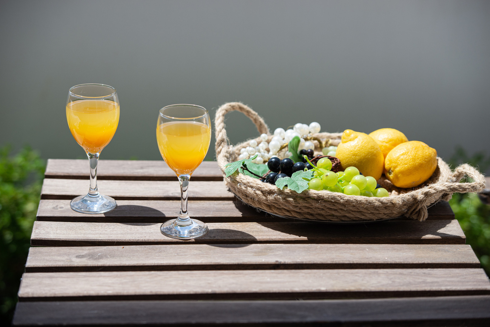 Солнце, морской бриз и ароматы свежих фруктов