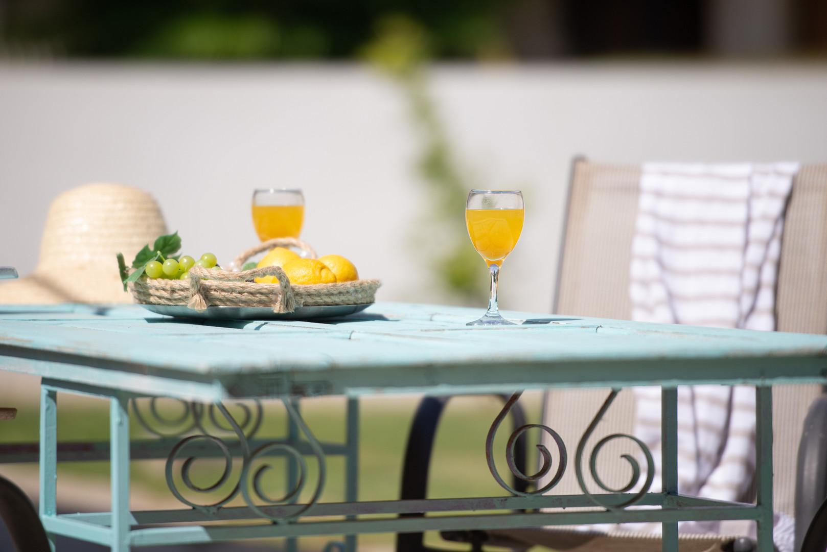 Расслабься и наслаждайся летними греческими каникулами!
