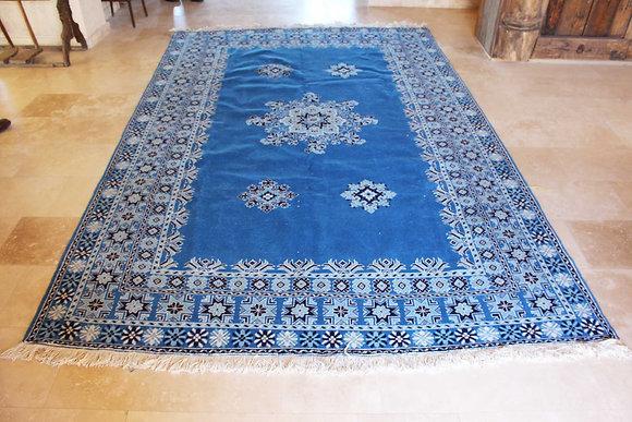 Blue Oushaq