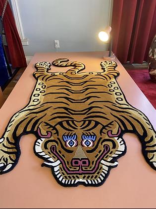 Medium Size Tiger pelt