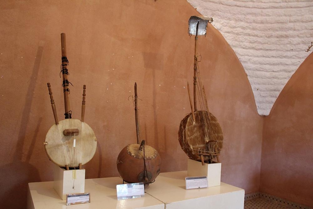 Quelques instruments de la famille des cordophones