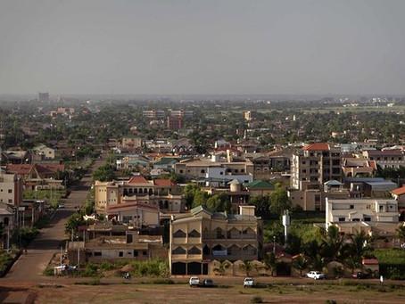 À deux-roues, son poulet bicyclette, ses festivals… Ouagadougou, la ville culturelle multi-facette
