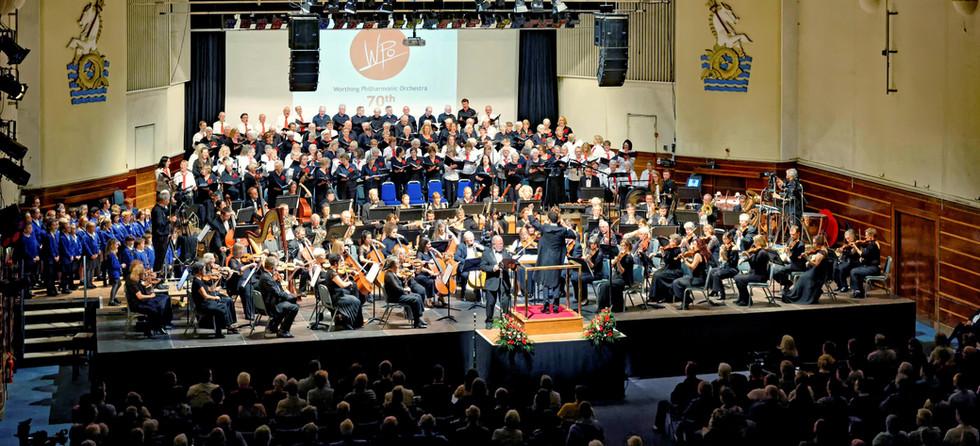 WPO perfoms James Olsen's Oratorio