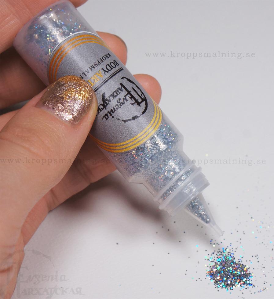 glitter_holografisk_silverdisco_ansiktsmalning_makeup_julfest_nyarsfest_kroppsmalning_bodyartshop_ev