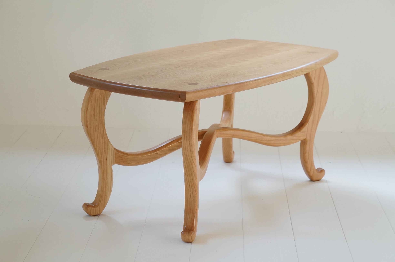 猫足センターテーブル
