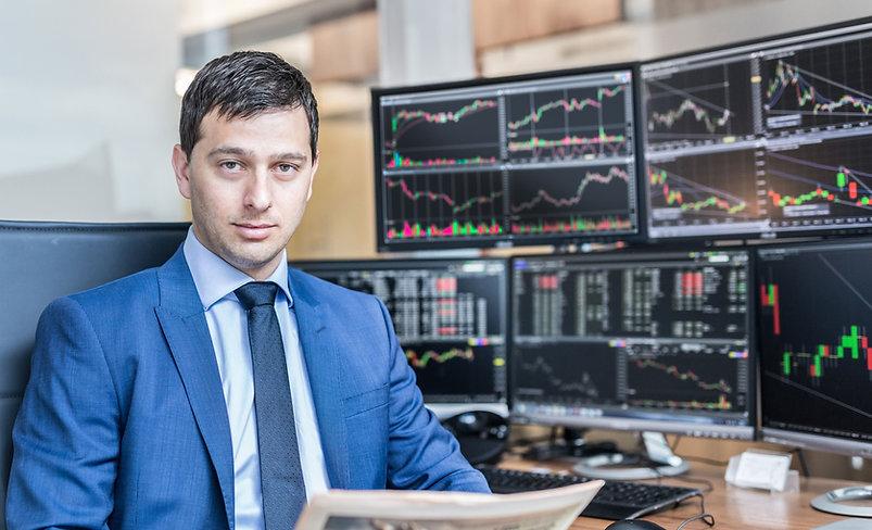 Investor4.jpg