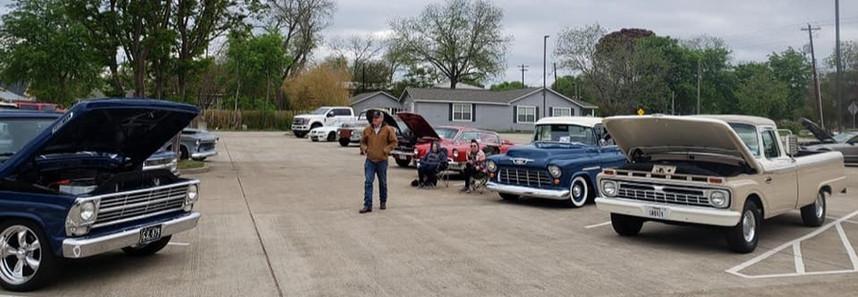 Roaring Lions Car Show