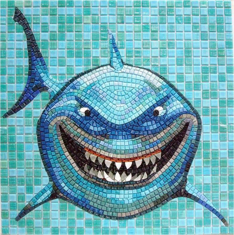 Tiburon de mosaico vitreo