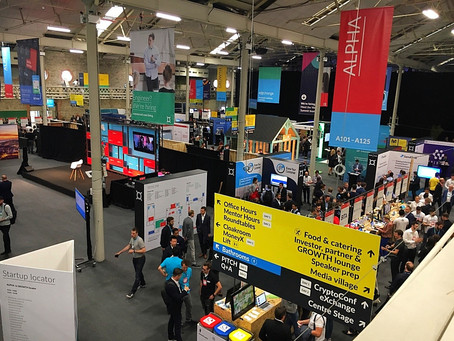MoneyConf Main Hall