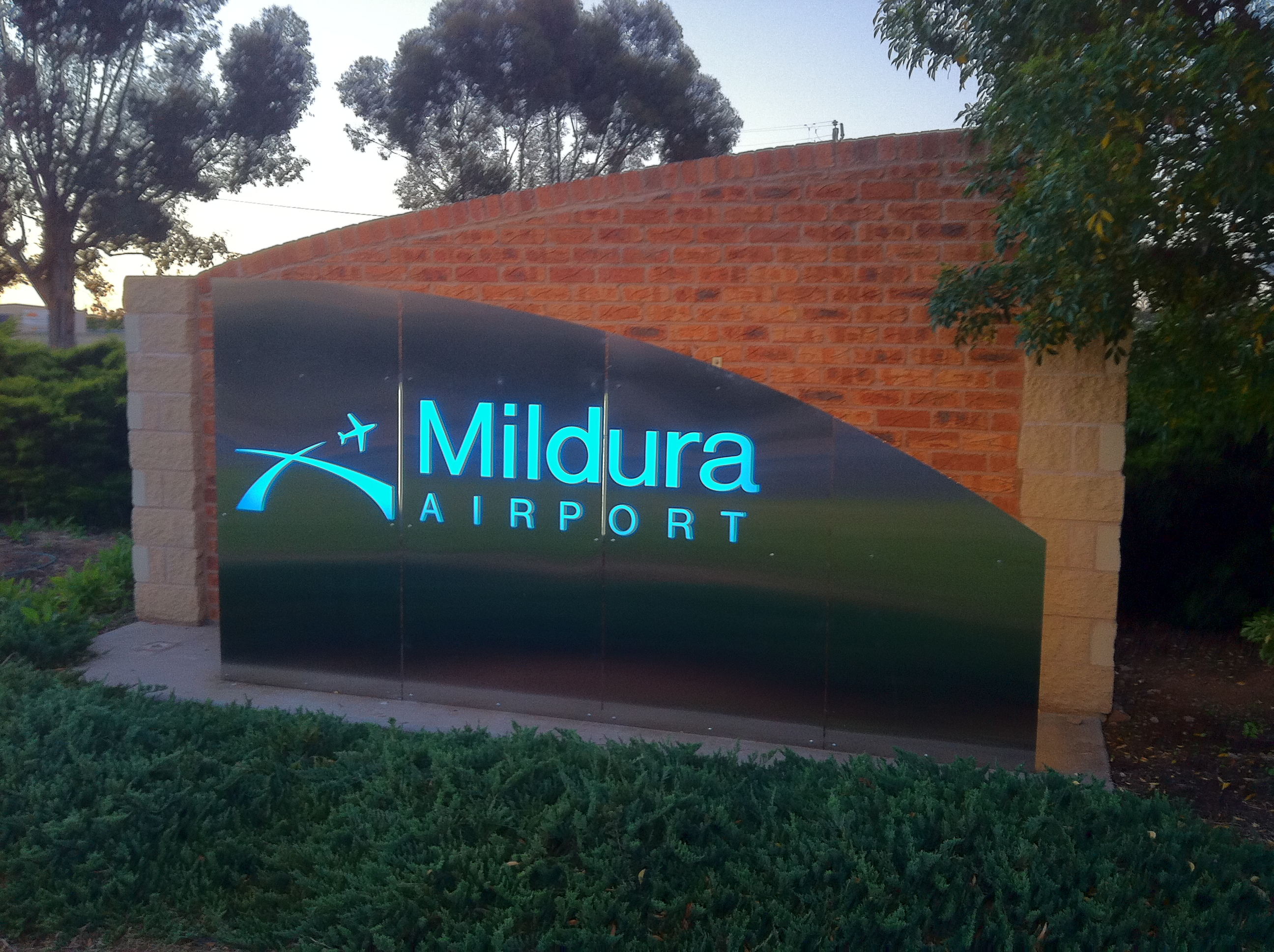 Mildura Airport Backlit Stainless Sign