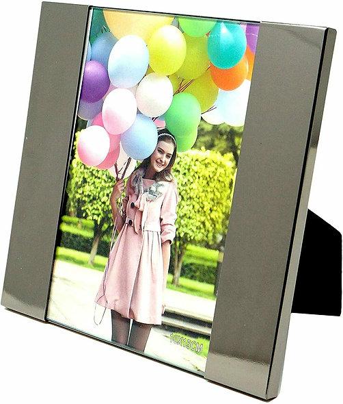 Edler Fotorahmen, silber glänzend aus Metall und Glas