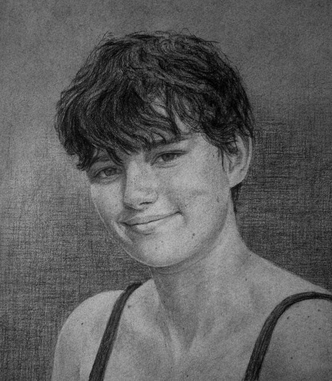 Teenager-portrait-charcoal_edited.jpg