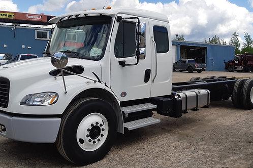 2020 M2 106 Ext Cab - Moving Van Spec