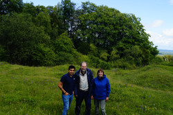 Wit Paula Rudall and Richard Bateman, hunting orchids in the Chilterns - 2019