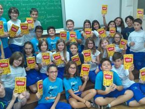 Escola Medianeira em Bento Gonçalves adota livros do Gorrinho e recebe a visita de João Pedro Roriz