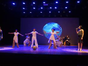 Montagem de espetáculo sobre o amor com alunos de Barreiras - BA.