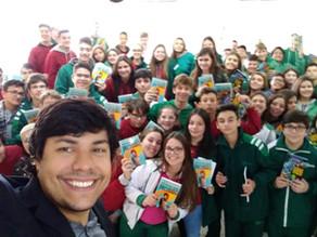Adoção literária nas escolas Sinodal de Portão e São Leopoldo