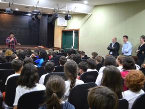 Colégio Mollière em combate ao bullying