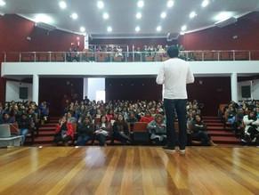 Professores de Lagoa Vermelha prestigiam workshop interativo e motivacional com seis horas de duraçã