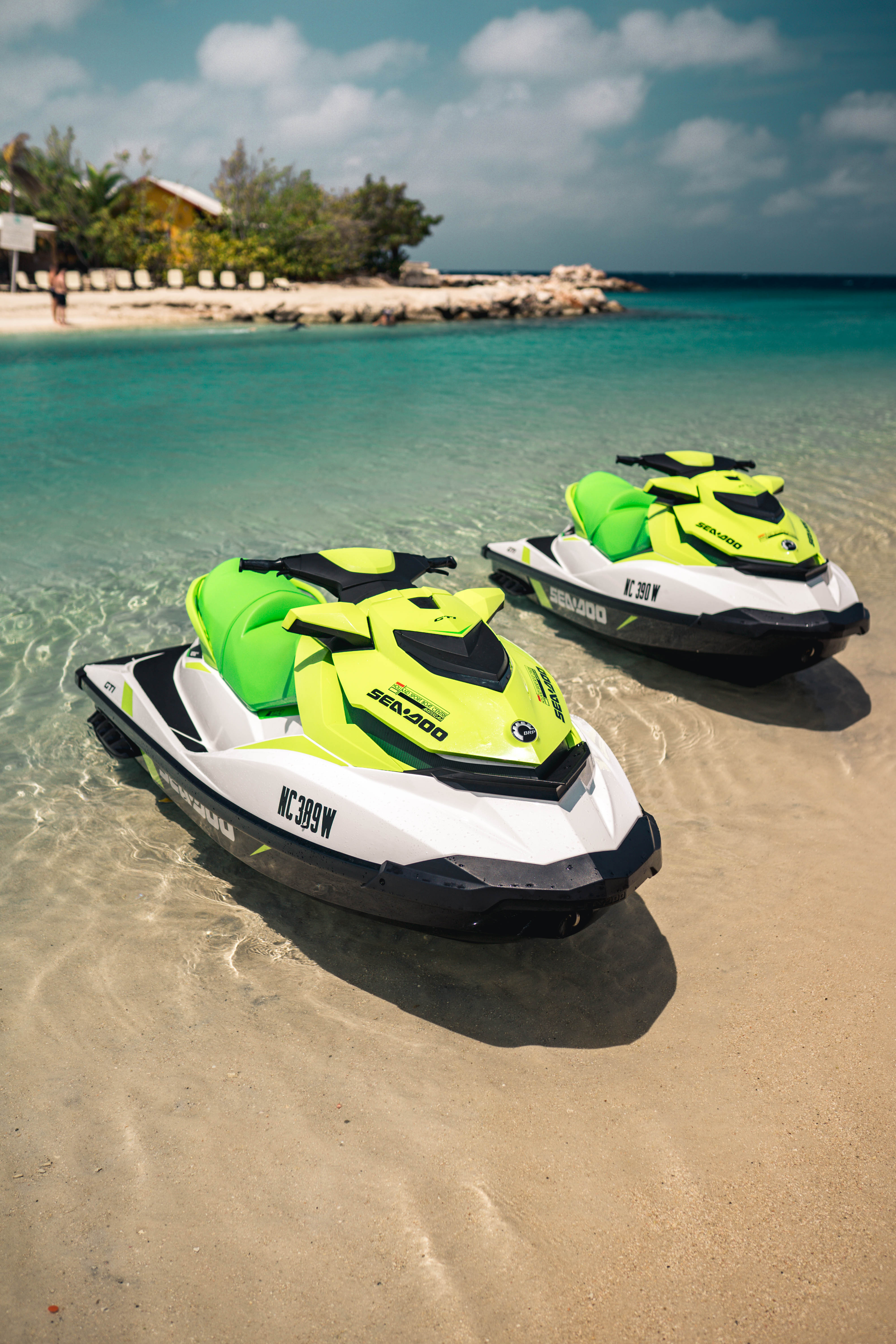 Chill Ride 4 Jetskis 1P each - 2 hrs