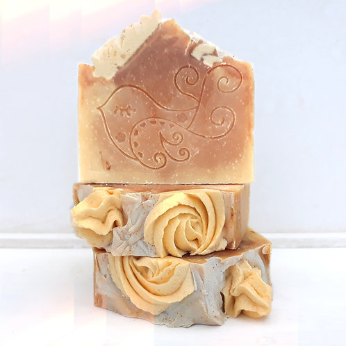 Mitzi Soap Bar (Lemon, Calendula & Turmeric)