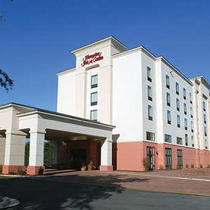 Hampton Inn & Suites Battlefield Blvd.