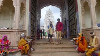 Day #9: Little rainy Pushkar