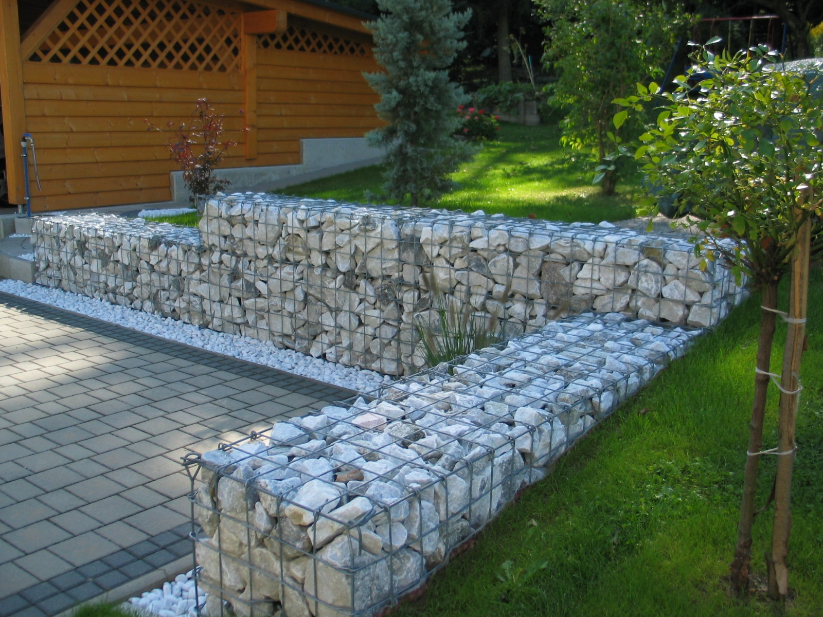Low retaining wall @ Backyard Garden