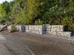 Gabion Canada retaining wall - Lake Huro