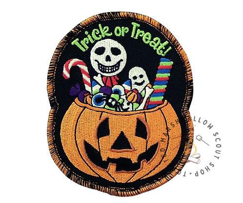 Trick Or Treat Halloween Badge (92mmx74.5mm)