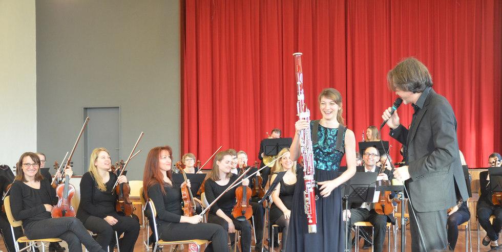 Valeria Curti am Familienkonzert mit dem Nota Bene Sinfonieorchester und Massimiliano Matesic.