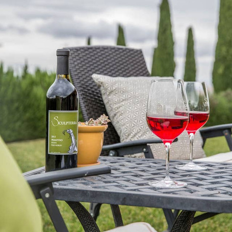 Take lunch outside to the covered patio and enjoy some of the best weather that California has to offer with panoramic views of the vineyards.