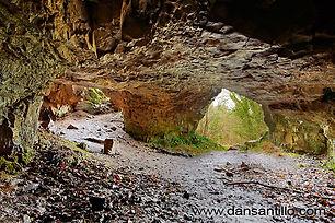 Cathole cave 0.jpg
