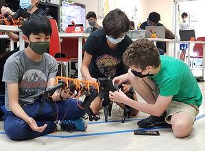 Evodyne_Summer_Robotics_Program_Students_Robotdog_edited.jpg
