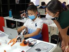 Evodyne_Robotics_Summer_Program_Tutoring_edited.jpg