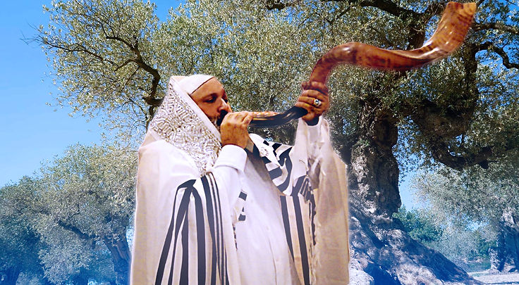 dad blowing shofar3.jpg