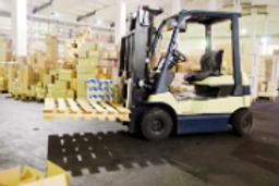 Standard Counter Balance Forklift.PNG