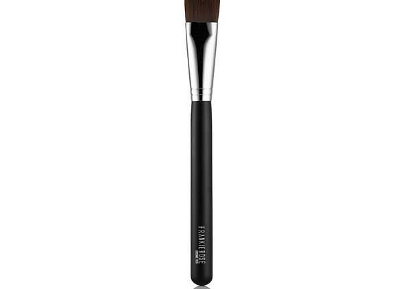 PRO FOUNDATION BRUSH