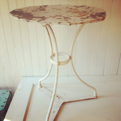 {Bella Cafe Table}