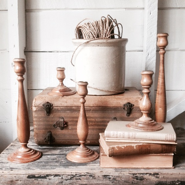 {Wood Candlesticks Set}