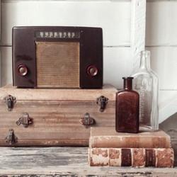 [Vintage Radio}